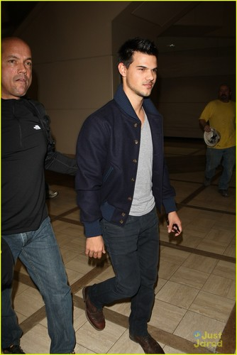 Taylor Lautner is NOT Stretch Armstrong