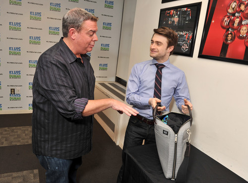 The Elvis Duran Z100 Morning toon - January 30, 2012 - HQ