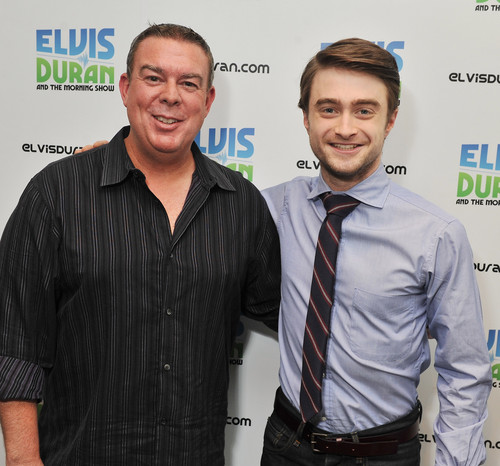 The Elvis Duran Z100 Morning mostrar - January 30, 2012 - HQ