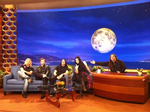 The LATE NIGHT 显示 With Terry Balsamo