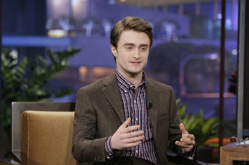 The Tonight tampil with jay Leno - February 1, 2012 - HQ