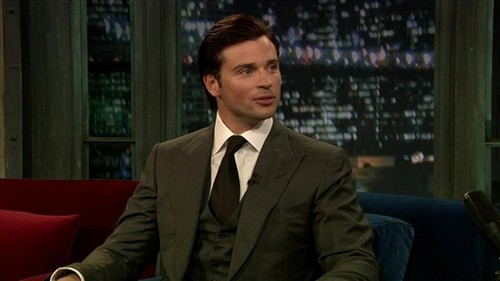Tom Welling Hintergrund containing a business suit, a suit, and a two piece titled tom welling