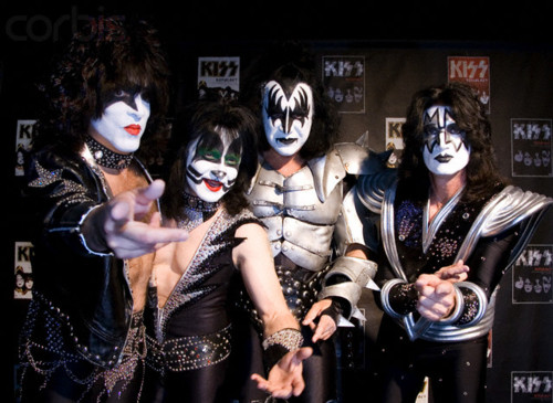 KISS wallpaper titled ☆ Kiss ☆