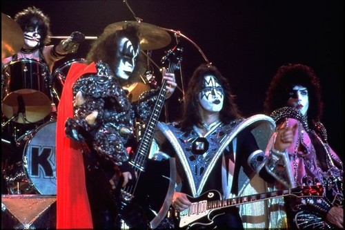 KISS wallpaper probably with a concert called ☆ Kiss ☆