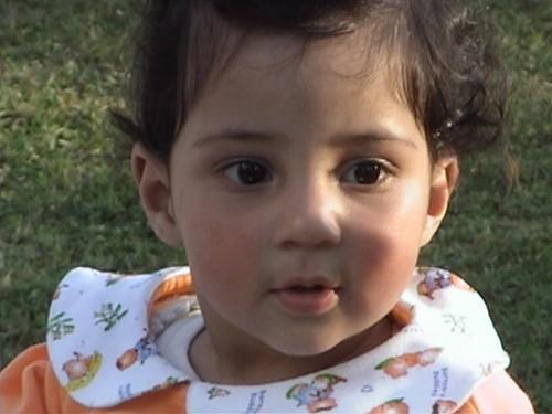 ♥ cute baby girl (plz comment guyz)