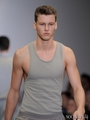 Alfred Kovac Modeling تصاویر