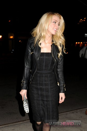 Arriving at the Guess Von Marciano Summer 2012 Vorschau in NYC (February 2nd)