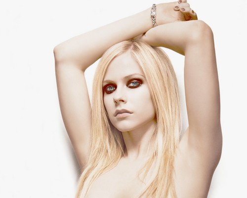 Avril Lavigne پیپر وال with a portrait and skin called Avril Lavigne