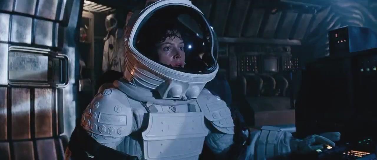Amazoncom Alien Resurrection Sigourney Weaver Winona