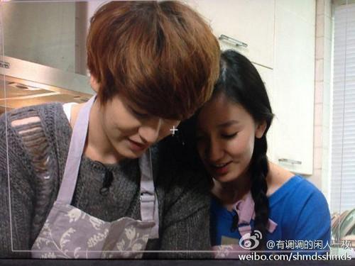 Kyuhyun with his wife, Lou Yi Xiah
