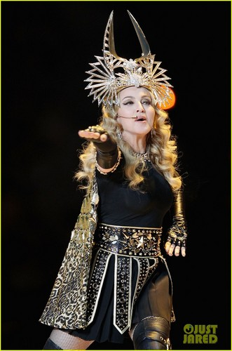 Madonna: Super Bowl Halftime ipakita - WATCH NOW