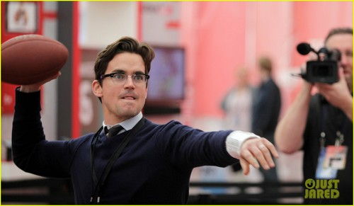 Matt Bomer wallpaper containing a business suit entitled Matt