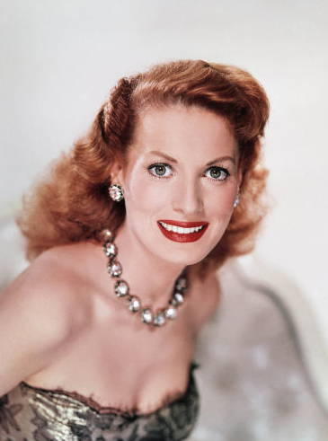 Classic Movies wallpaper probably with a bustier, a cocktail dress, and a chemise titled Maureen O'hara