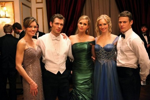 """New BTS pics from TVD 3x14: """" Dangerous Liaisons"""""""