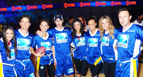 Nina & Candice at DIRECTV's Celebrity ビーチ Bowl