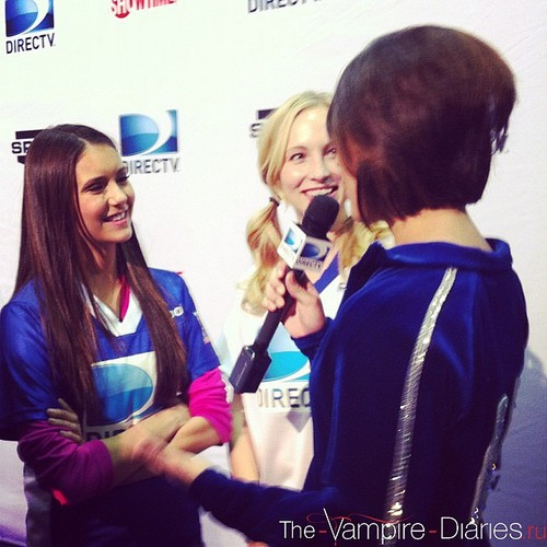 Nina at DIRECTV's Sixth Annual Celebrity пляж, пляжный Bowl