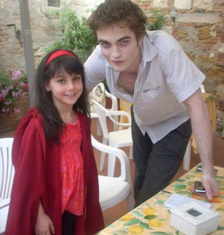 "Old CUTE Robert Pattinson Pic From ""New Moon"""