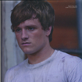 Peeta - the-hunger-games-movie photo