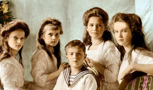 Romanovs were murdered par Bolsheviks