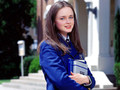 Rory  - gilmore-girls wallpaper