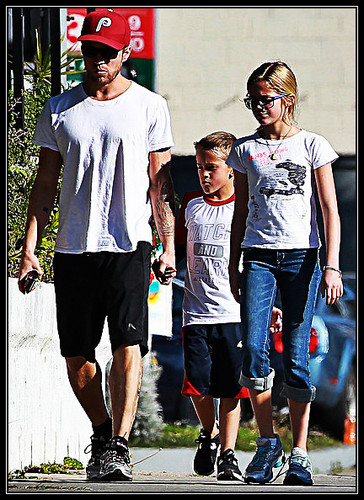 Ryan with his IDENTICAL son, Deacon and beautiful daughter, Ava! He looks like such a good dad! <3