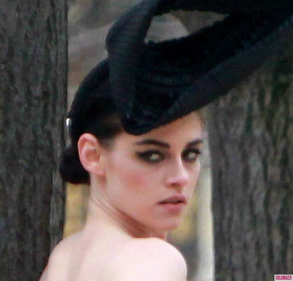 Shooting for Vanity Fair দ্বারা Mario Testino, Paris (Jan. 30, 2012).