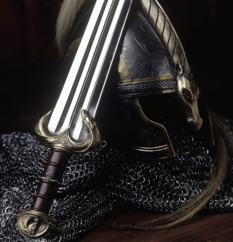 eomer helmet