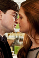 ginny and harry kiss DH 1