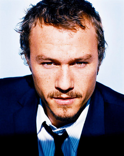 ヒース・レジャー 壁紙 with a business suit and a suit titled heath ledger