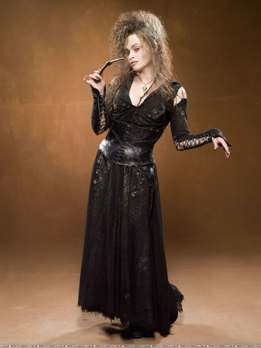 Беллатриса Лестрейндж Обои possibly with a коктейль dress and a ужин dress entitled Bellatrix promo