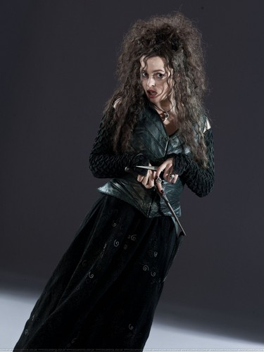 Bellatrix Lestrange fond d'écran possibly containing a surcoat, surcot and a hip boot titled Bellatrix promo