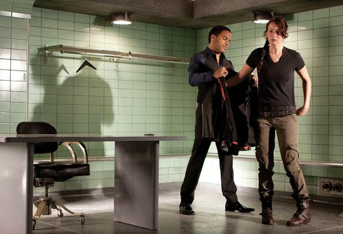 Cinna and Katniss - the-hunger-games-movie Photo