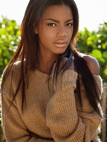 Cycle 18: Eboni Davis - americas-next-top-model Photo