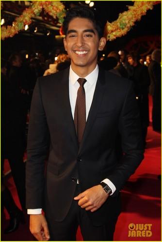 Dev Patel: 'Best Exotic 万寿菊 Hotel' Premiere!