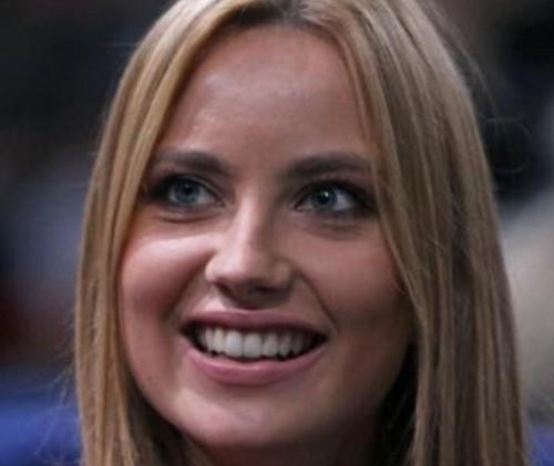 Ester Satorova has also big teeth !