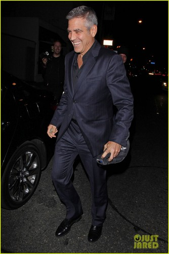 George Clooney &amp; Stacy Keibler Dine at Dan Tana&#39;s - george-clooney Photo