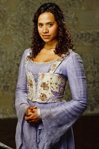 Guinevere s2
