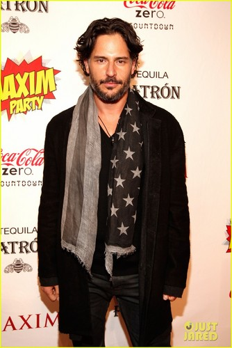 Joe Manganiello wallpaper with a well dressed person entitled Joe Manganiello: Maxim Super Bowl Party!
