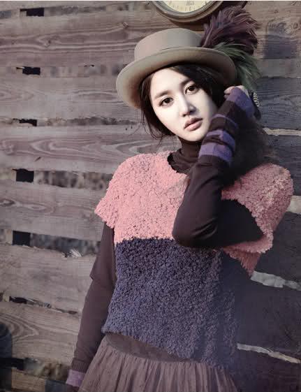 http://images5.fanpop.com/image/photos/28900000/Joohyun-spica-EC-8A-A4-ED-94-BC-EC-B9-B4-28966669-431-561.jpg