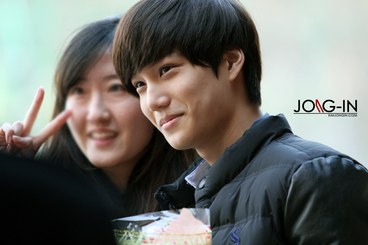 kai at the school of performing arts seoul graduation