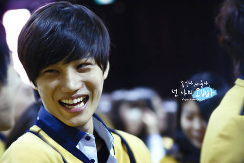 KAI at The School Of Performing Arts Seoul graduation ceremony