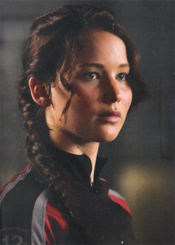 Katniss Everdeen wallpaper possibly with a well dressed person and a portrait titled Katniss