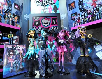 Monster High 2012 Products - monster-high Photo