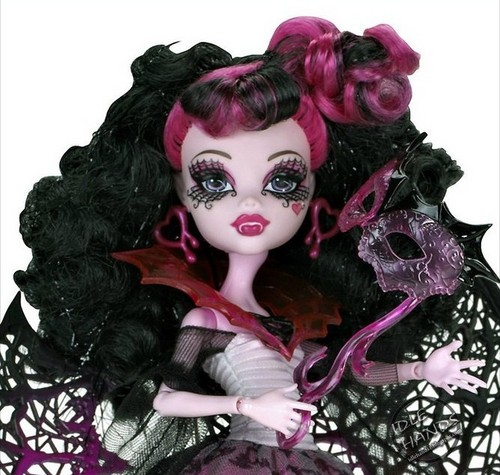 Monster High Ghouls Rule 玩偶