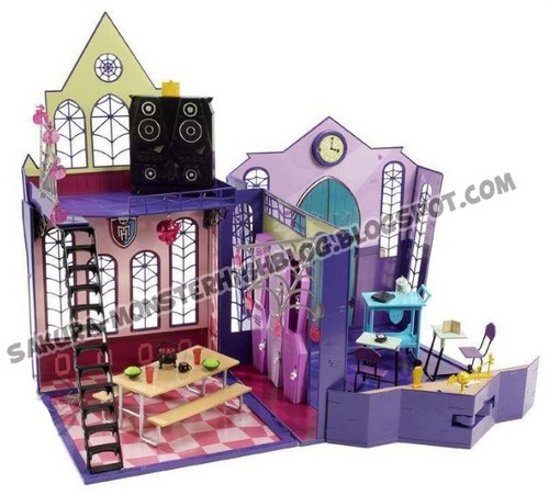 Monster High School 2012 Products