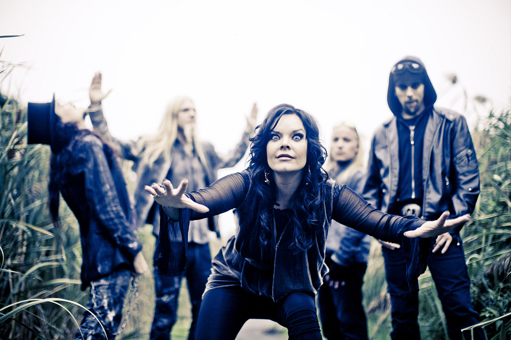 http://images5.fanpop.com/image/photos/28900000/Nightwish-anette-olzon-28970851-1024-683.jpg