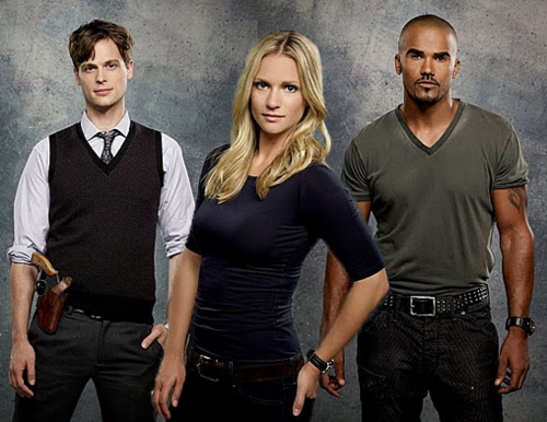 Criminal Minds achtergrond possibly containing a well dressed person and a business suit called Reid/JJ/Morgan