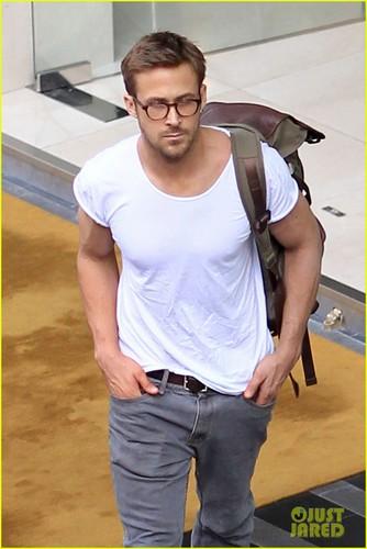 Ryan Gosling  Thai Twosome
