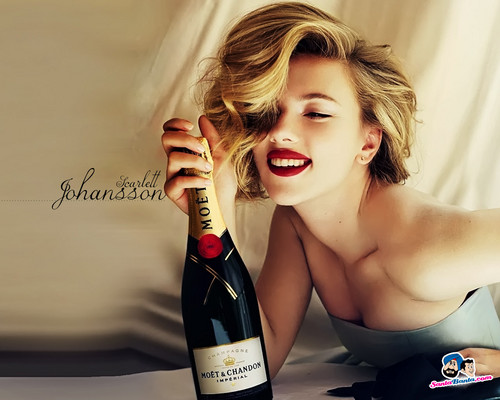 Scarlett Johansson wallpaper containing a wine bottle called Scarlett Johansson