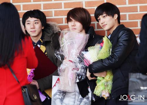 Se Hun & KAI at The School Of Performing Arts Seoul graduation ceremony